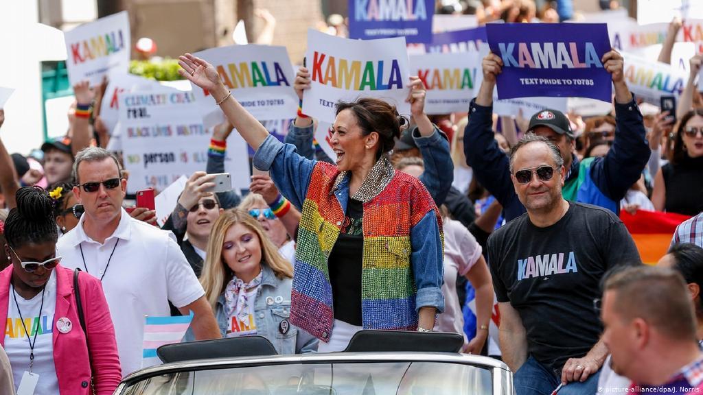 Камала Гарріс на мітингу ЛГБТІК