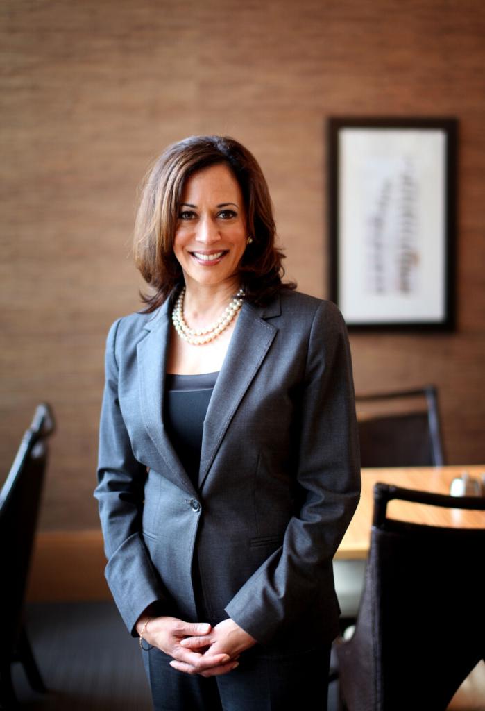 Камала Гарріс, перша жінка на посаді віцепрезидентки США