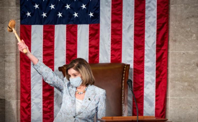 Ненсі Пелосі переобрали на посаду спікерки Палати представників США